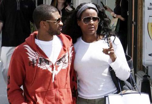 Usher Ex Wife Son Hurt in jet ski accident In Atlanta