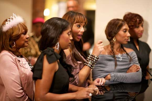 Toni Braxton Looking for new Back Up Singers